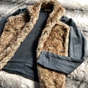 Hollister Faux Fur Collared Jacket / Cardigan